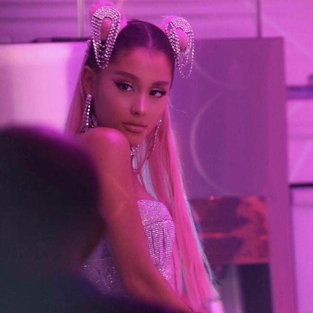 Ariana-Grande-7-Rings- MUSIC INDUSTRY WEEKLY