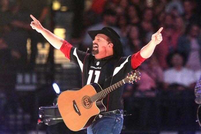 Garth Brooks' Stadium Tour - Music Industry Weekly