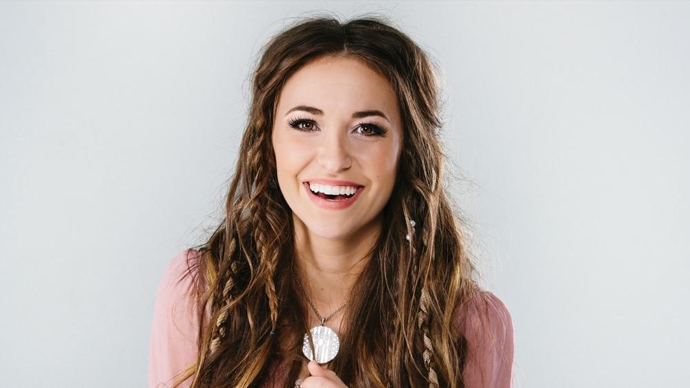 Music Industry Weekly - Lauren Daigle
